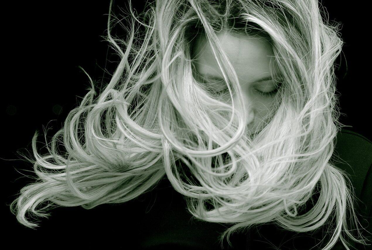 Jak dbać o włosy ? Podstawowe zasady