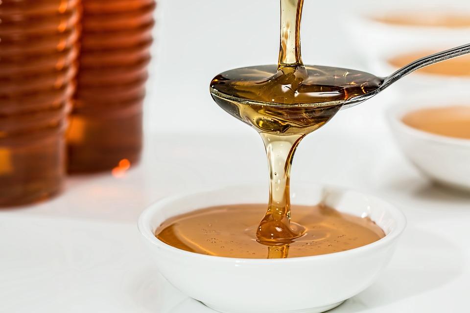 https://pixabay.com/pl/mi%C3%B3d-sweet-syrop-organiczne-z%C5%82ota-1006972/